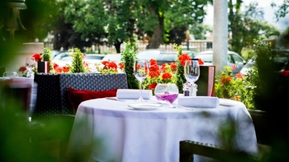 Le jardin h tel richemond assiette genevoise for Restaurant le jardin richemond geneva